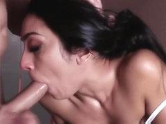 Laura Lion porno