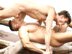 Bruce Beckham & Jack Hunter in Stranded Part 2 - MenNetwork