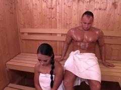 Paar in sauna nackt