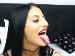 Long Tongue 11