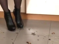 Sexy crush goddess Marina crushing roaches.