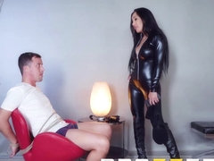 Amia Miley Jessy Jones - Home invasion goes right - Brazzers