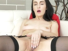 Di Devi in Foreign Beauty - Anilos