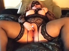 Showing off buttplug and making myself cum with dildo and vibrator