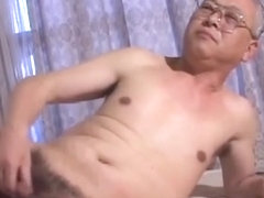 Amateur sucking dick gaysex party