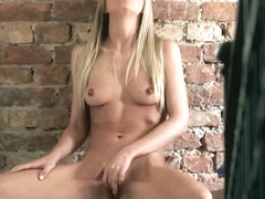 Blonde Babe Solo Rubbing