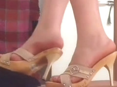 Italian wife shoejob w wooden mules