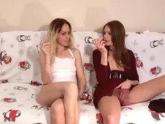 Hot naked girls squirting xxl gifs