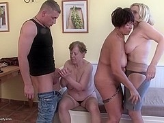 Hot plus granny jewel acts out her naughty mature bdsm
