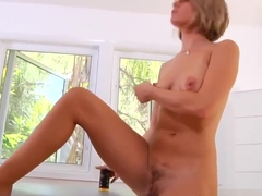 Realy Nice Stepmom Holly Bryn Gives Handjob Sweet Touching Dad's Friend