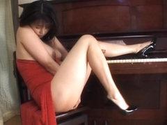 nackt Yanagi Miki Miki Yanagi