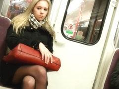 apskirt-za-gruzinkami-nozhki-popki-porno-foto
