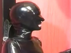 Rubberdoll Blowjob