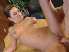 Claudia Valentine Sex oralny