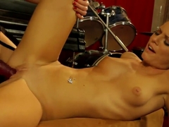 Hardcore life of strict chick Tera Bond