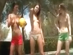 Lesbian teens play sexgames outdoor