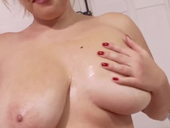 Sara Willis is showing massive oiled boobs