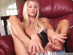 Mandy Armani uses the huge vibrator and gets off
