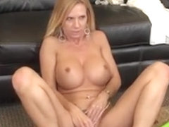 Awesome Tit Blonde Brooke Tyler Is Live And Toying Her Love Hole