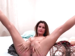 Camilla Moon - Passionately undress before the webcam