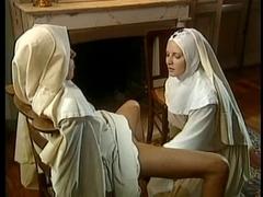 Порнофильмы онлайн бесплатно полнометражные с монашками